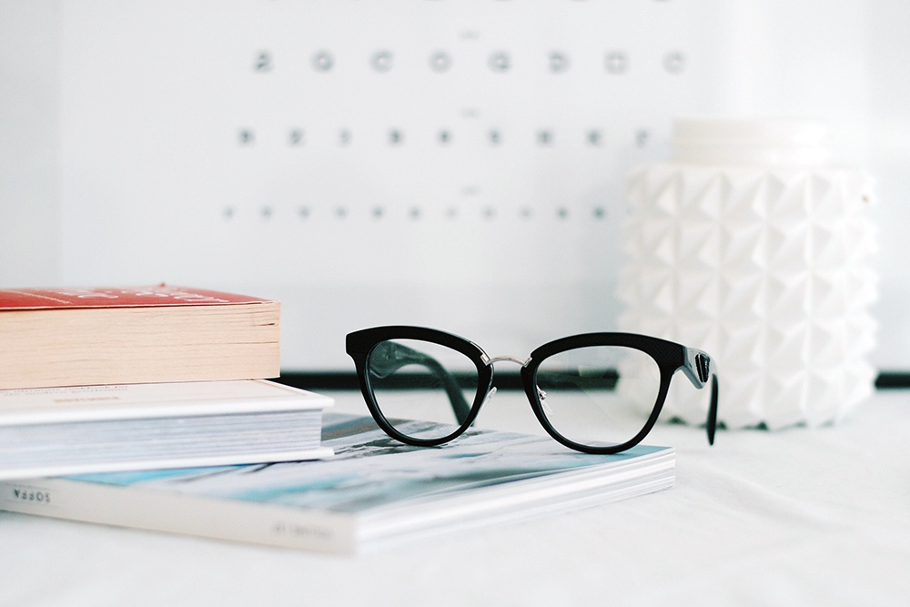 visiting eye doctor, eye exam, prescription glasses,  buying prescription glasses online, eyerim blog