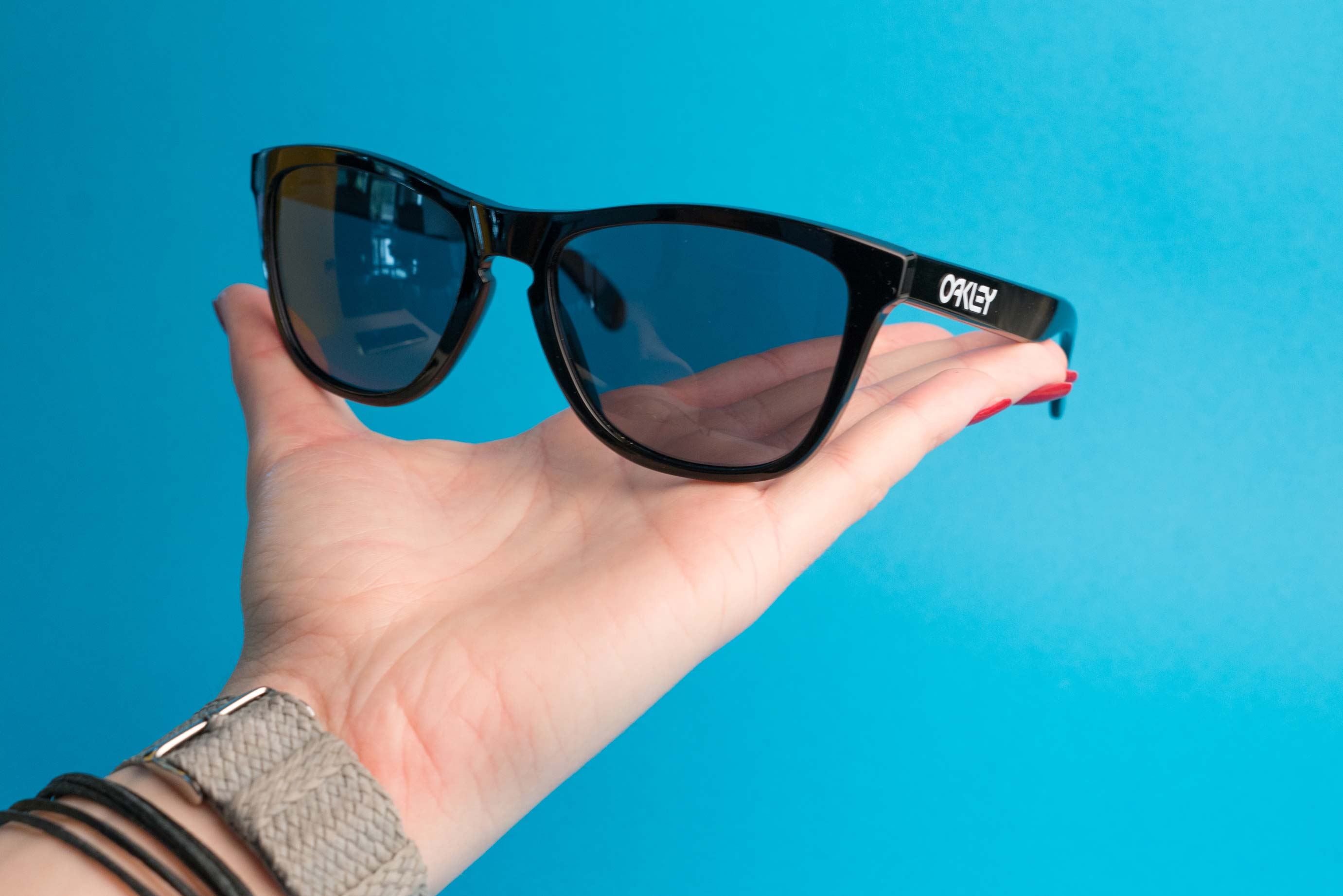 c94294d824274 How to spot authentic Oakley sunglasses   eyerim blog